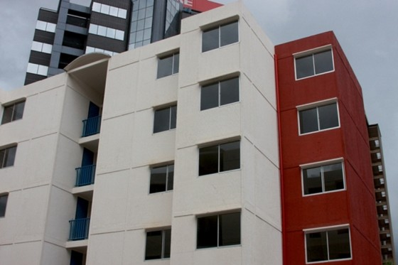 mision vivienda entrega 80 apartamentos en petare